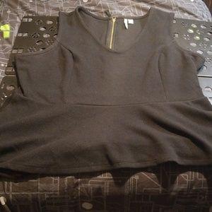 NWOT 2X Elle Black Skirted Tunic Top